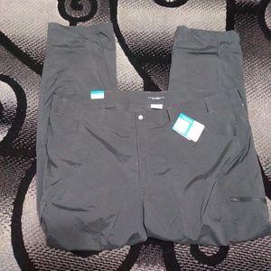 COLUMBIA omni-shade Cargo Hiking Pants Size 52x34
